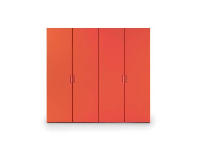 Wardrobe with Nit hinged door