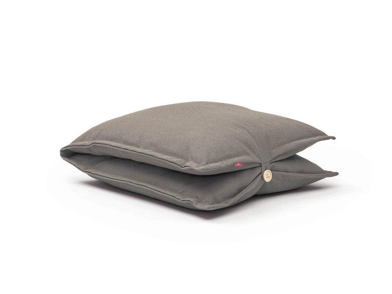 Clip floor cushion